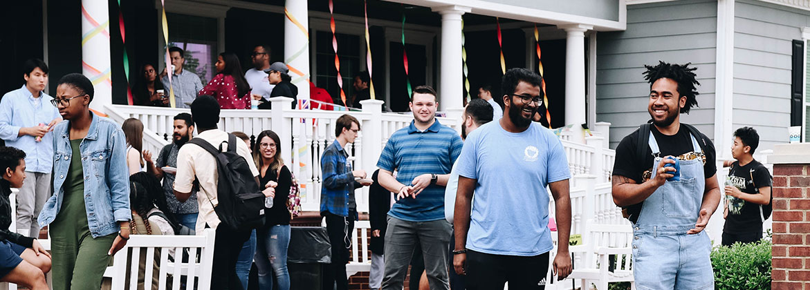 DBU International Students enjoy an evening on the lawn